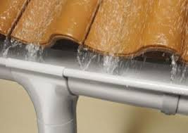 качественная водосточная ливневая система